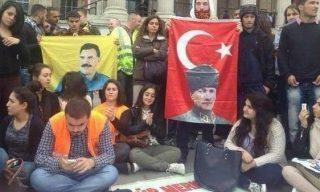 هواداران پ.ک.ک. با عکس اوجالان و آتاترک